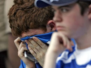 Reading-Fans-Crying-Relegation_1085135